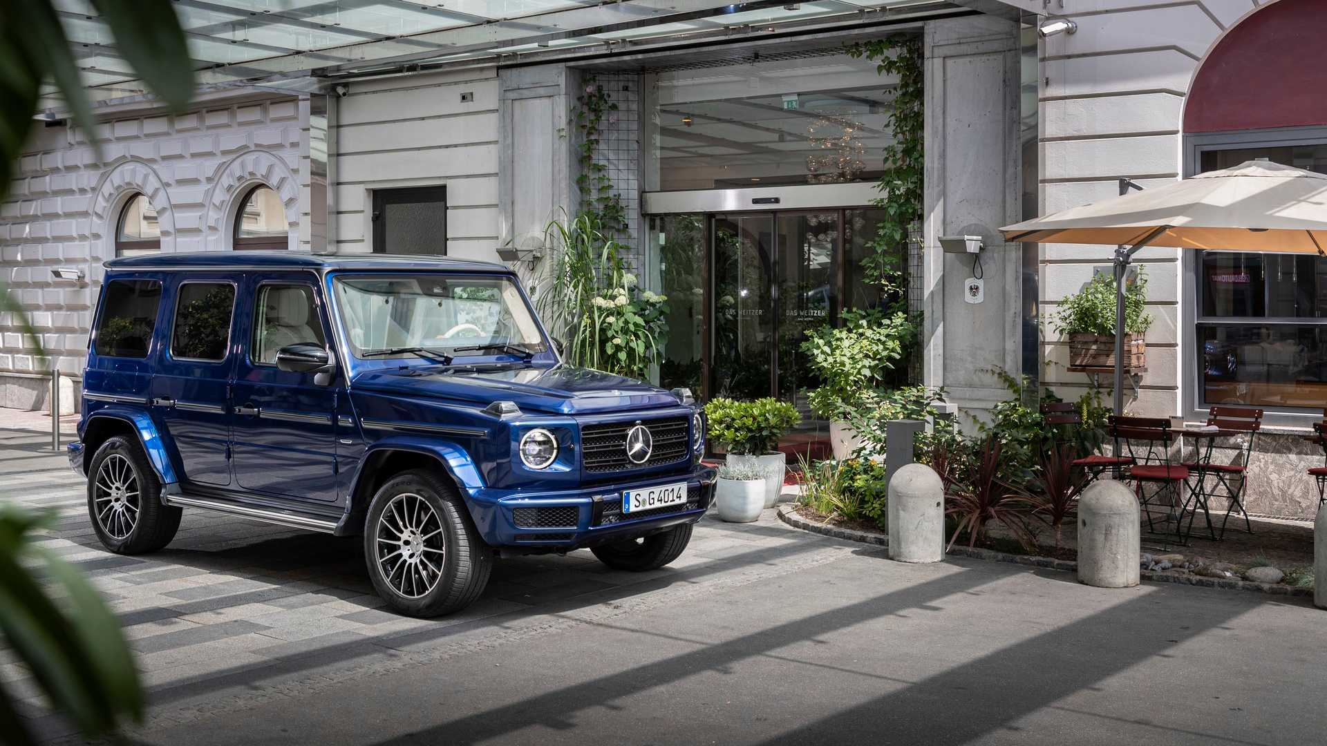2019 mercedes clasa g stronger than time 2